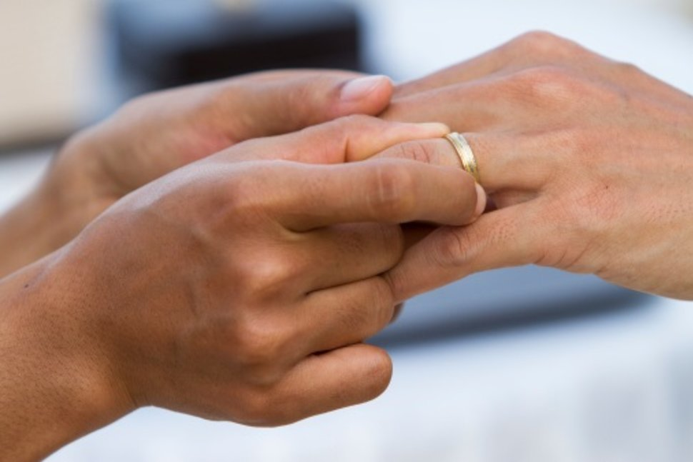 3 Common Marriage Vows That May Actually Be Unhealthy
